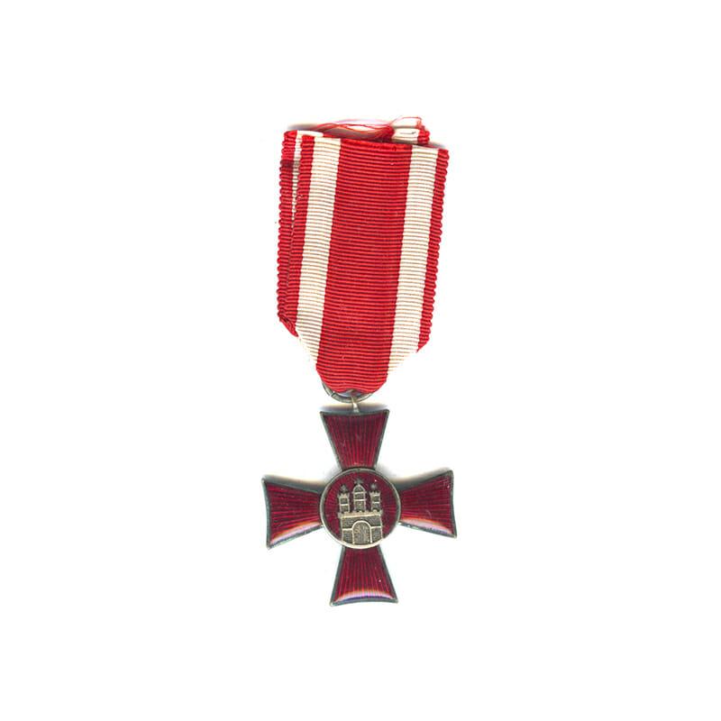 Hamburg   Cross silvered slight chip to corner of one arm tip 1