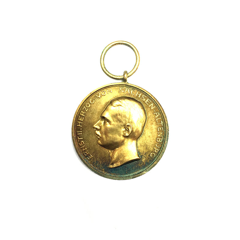 House Order of Saxe Ernestine Ernst II golden  merit medal silver gilt 1