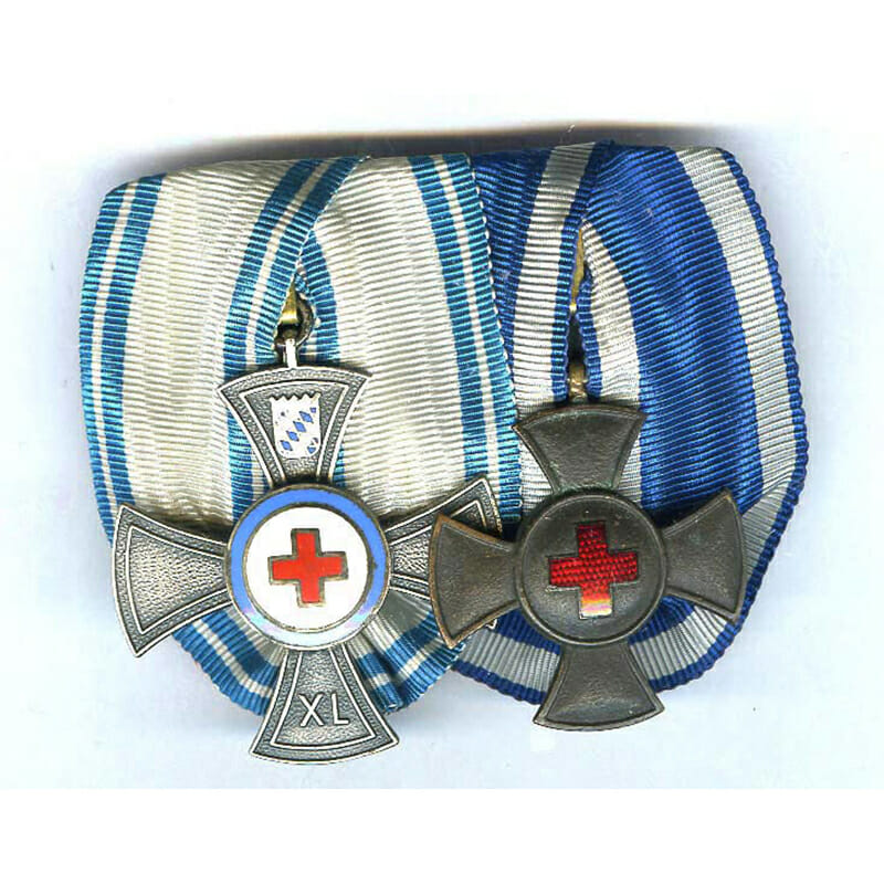 Pair: Red Cross Soceity Long Service cross 40 years silvered 1