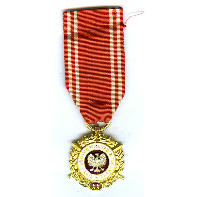 Armed Forces Medal for L.S. To the Fatherland 1951  20 years gilt... 1