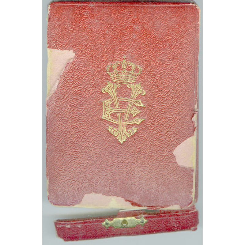 Order of the Crown Knight all gold in embossed case of issue... 3
