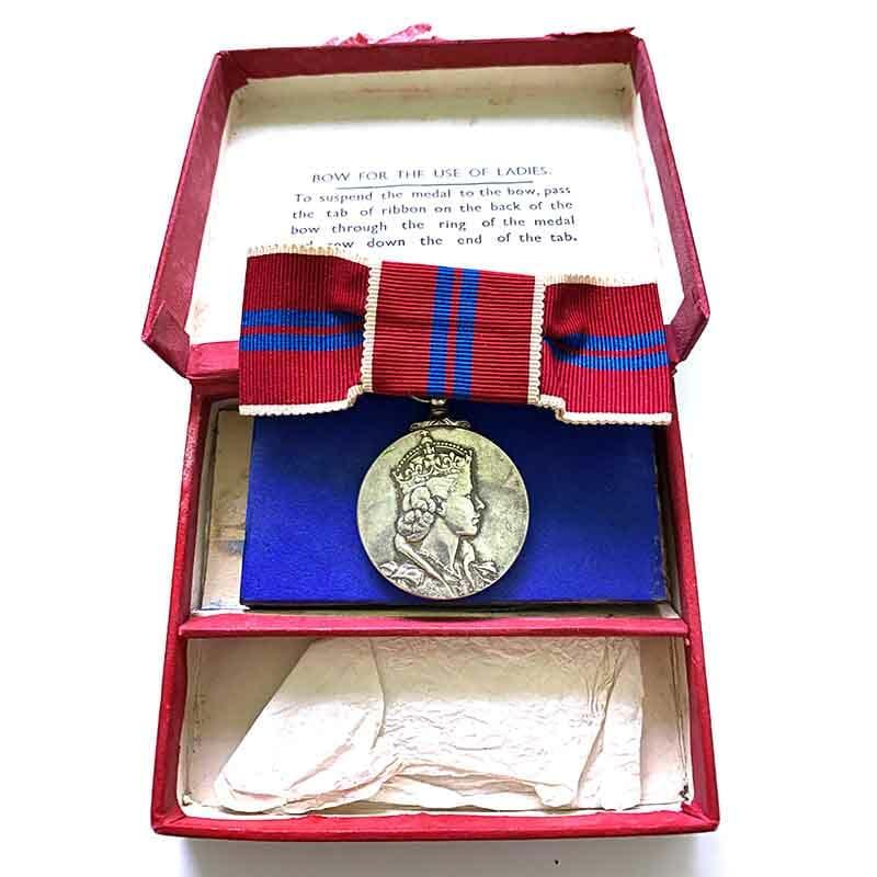 1953 Coronation medal EIIR Ladies bow 1