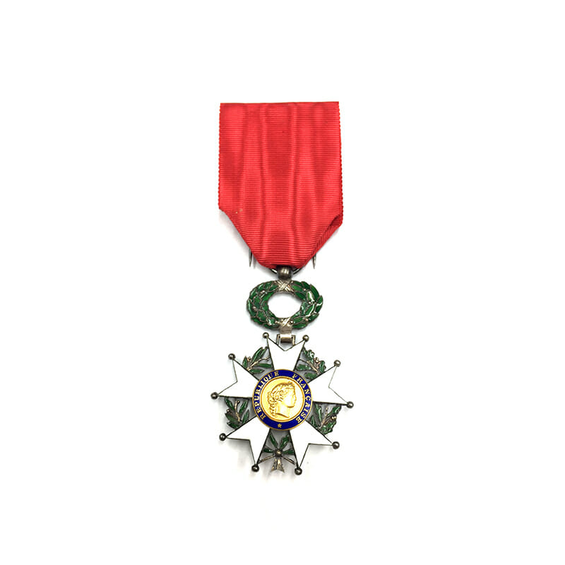 Legion D'Honneur 1870-1951 Knight  gold centre 1