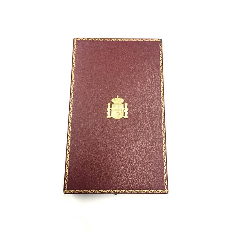 Order of Isabella the Catholic  Knight  Kingdom 3