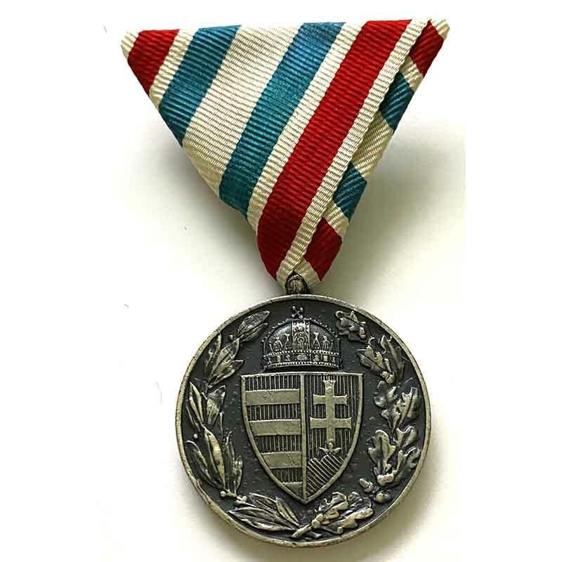 War Medal 1914-18  Hungarian Non-Combattant 1