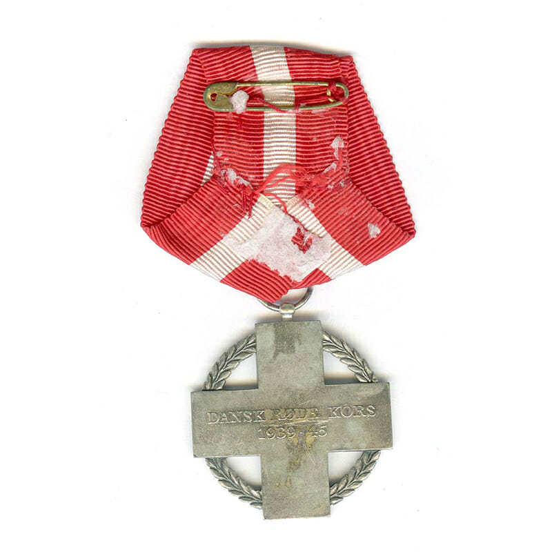 Red Cross medal  for Relief  Work in war 1939-45 2