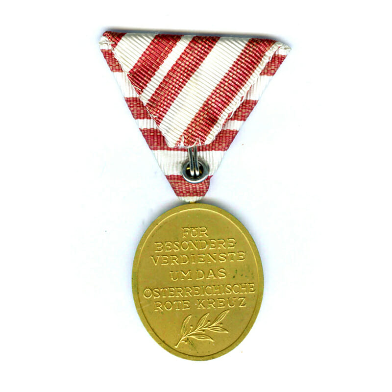 Red Cross Merit Medal Republic gilt 2