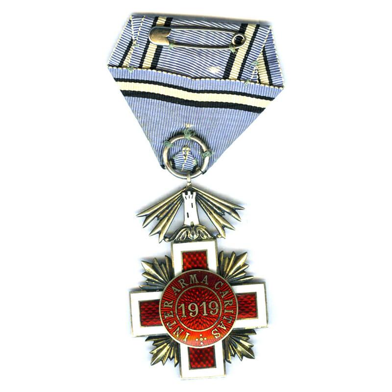 Red Cross Merit Order Knight 2