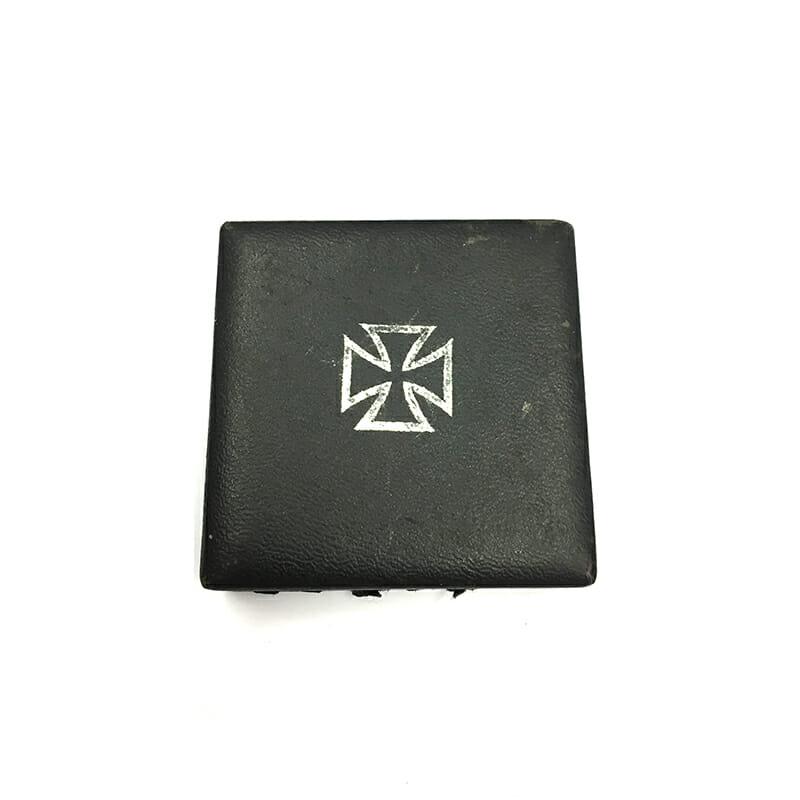 Iron Cross 1939 1st class magnetic/iron core 3