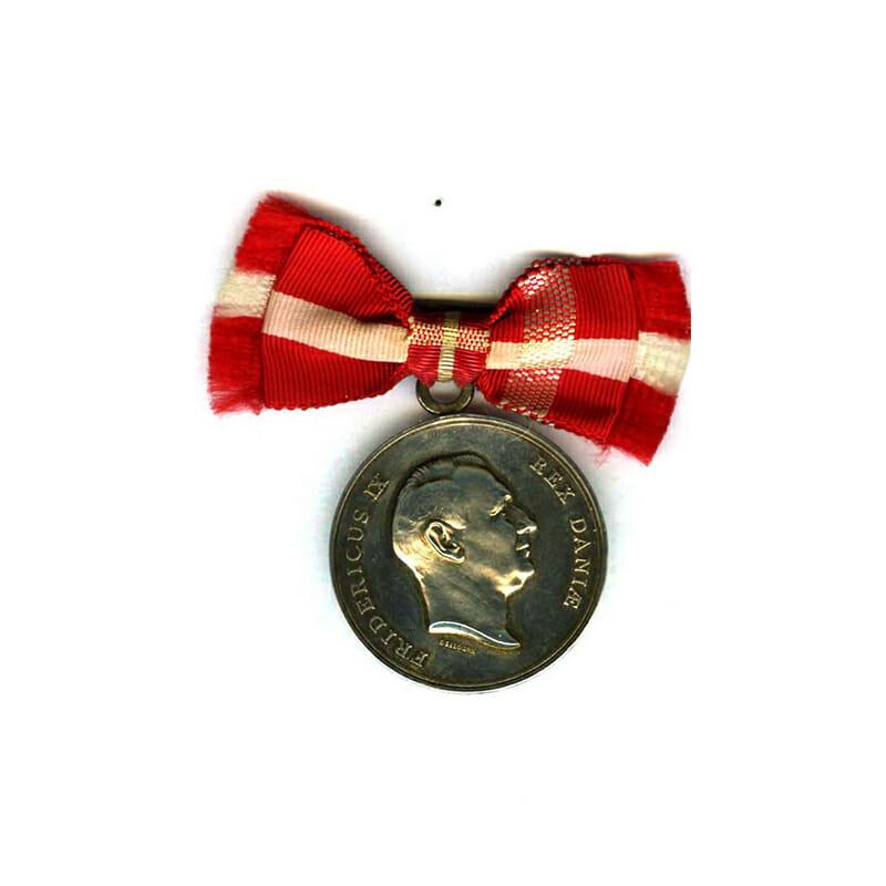Medal of Merit  Frederick IX  to Johanne Elvira Norgaard in fitted case... 1