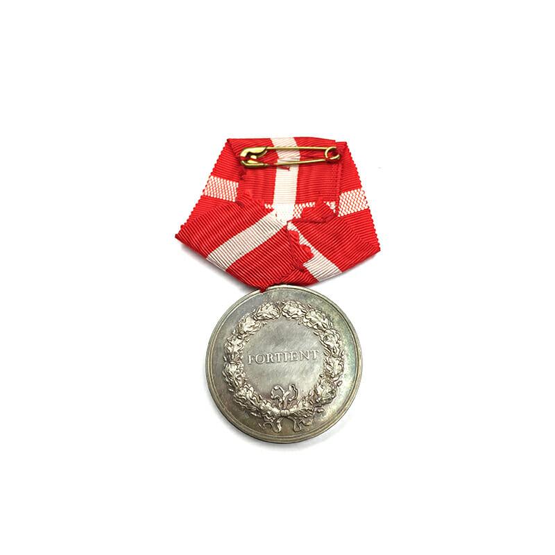 Medal of Merit  Margarethe to Paul Rasmus Rasmussen cased 2