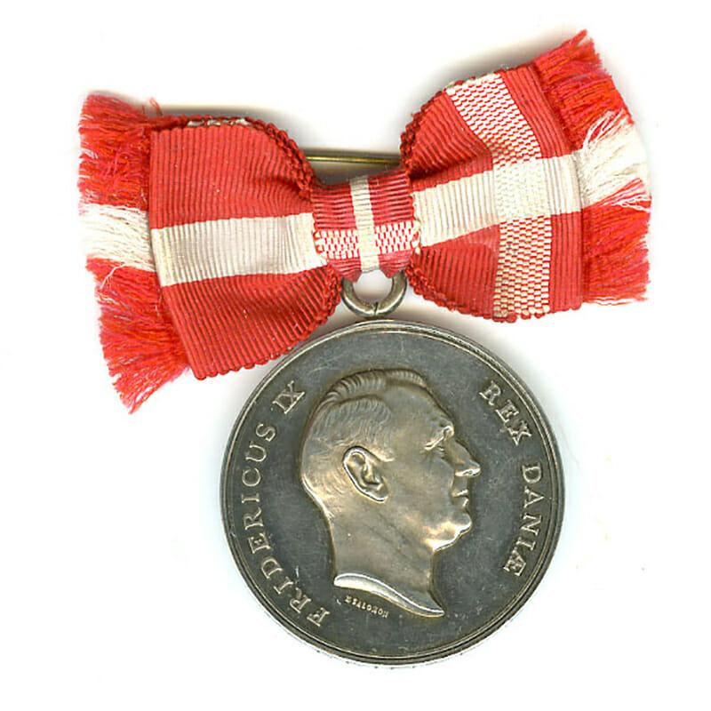 Medal of Merit  Frederick IX  to Helgfa Koelfeld with bow ribbon 1