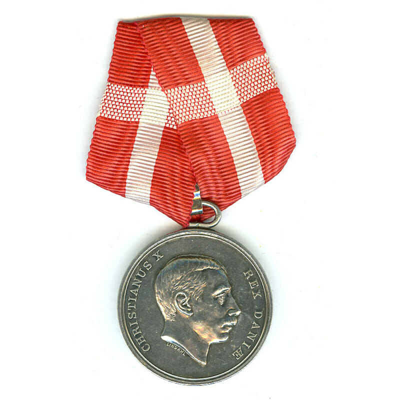 Medal of Merit  Christian X  to Frederic Lund 1