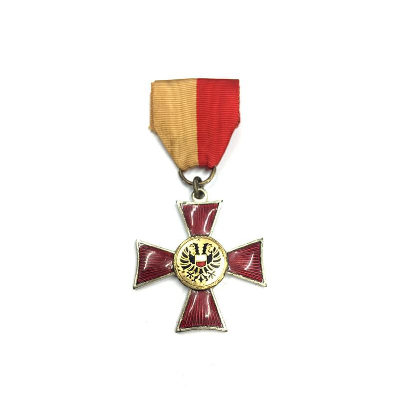 Lubeck  Cross silvered 1