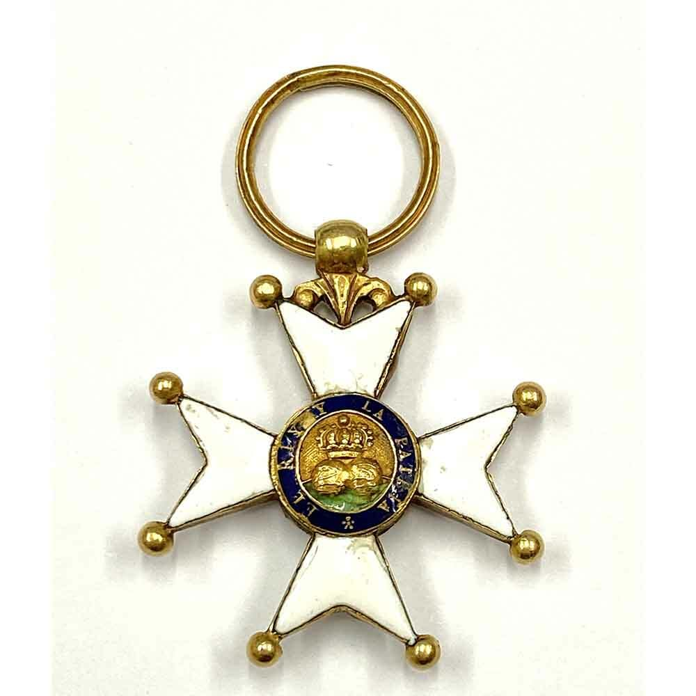 Order of St Ferdinand gold  very old no wreath 2