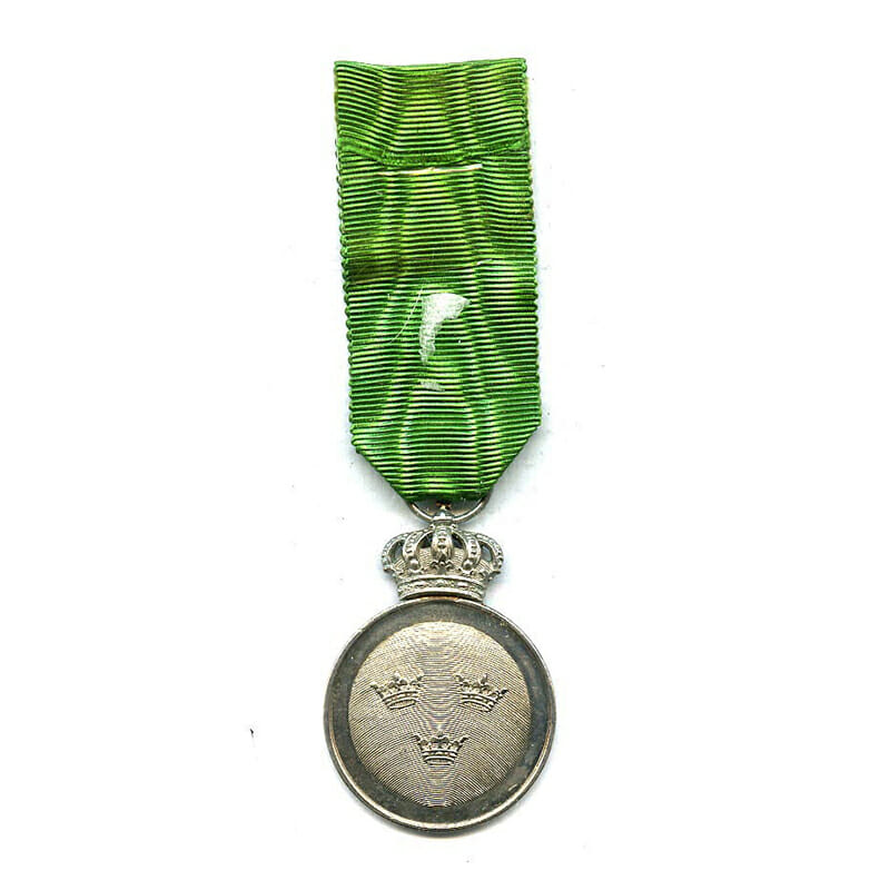 Order of Vasa silver merit medal with crown 2