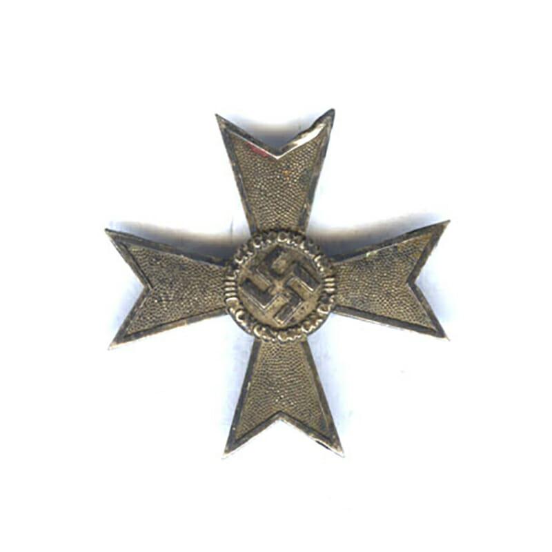 War Merit Cross 1st class no swords silver pin marked 4 1
