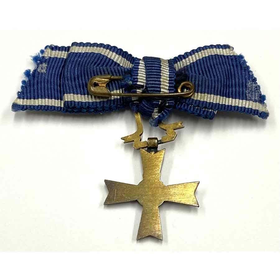 King Haakon VII Freedom or Liberty Cross 1945 Miniature 2