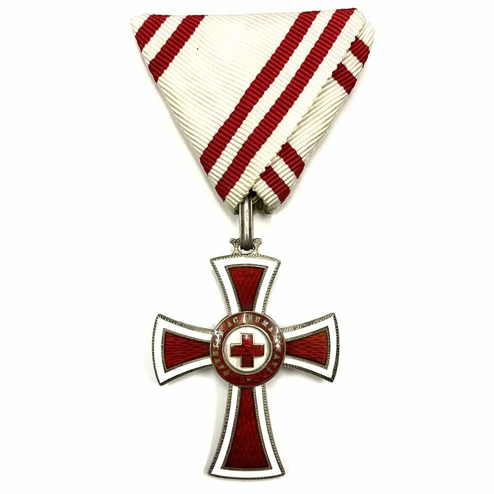 Red Cross Honour Decoration 1914-1918 2nd class(1864-1914) without  war decoration  rare... 1