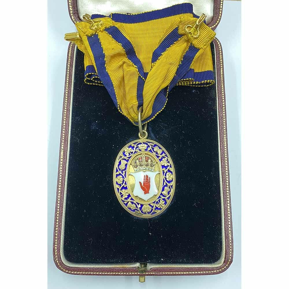Baronet Badge Churchman 1