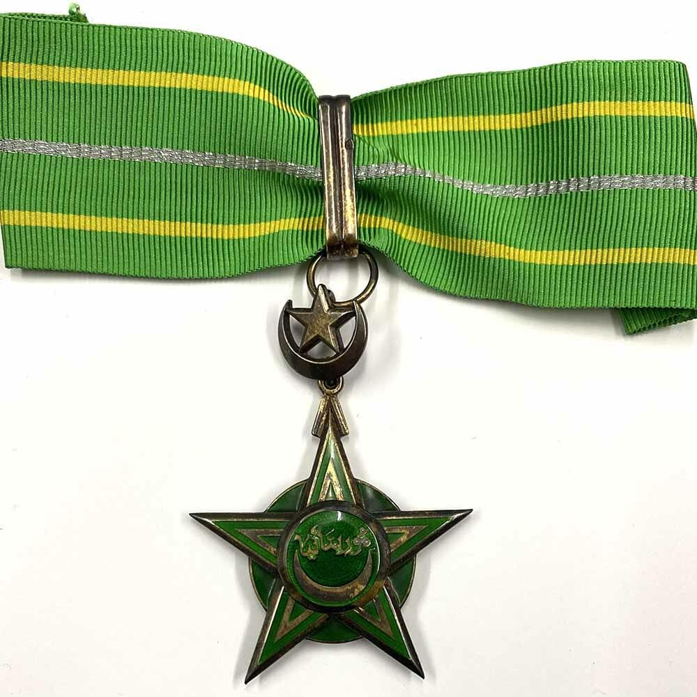 Order of National Merit Commander neck badge 1