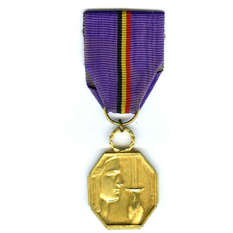 Reconnaissance medal for War Aid 1940-45 1st class gilt 1