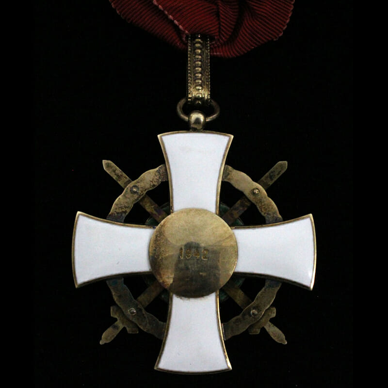 Order of The Holy Crown commander with war decoration and swords 2