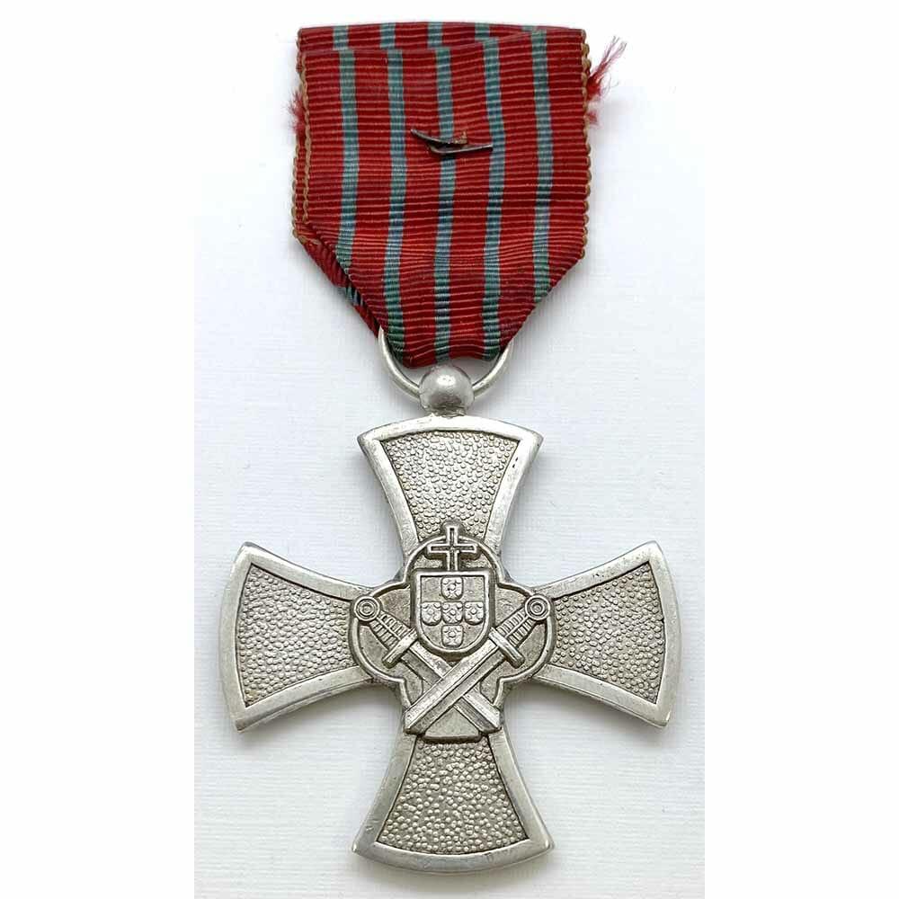 Portuguese war cross 1946 issue 3rd class silver 2