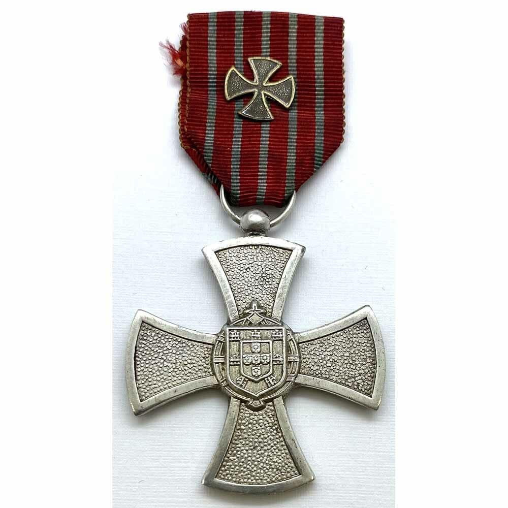 Portuguese war cross 1946 issue 3rd class silver 1