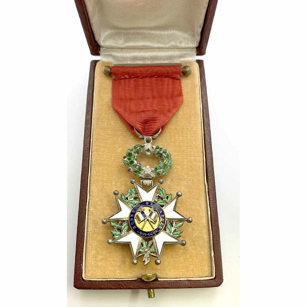 Legion D'Honneur 1870-1951 Knight superb deluxe issue 3