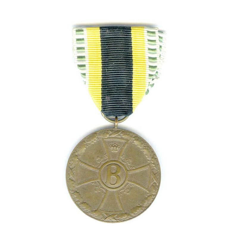 War Merit  Medal  1915-1918 bronze 1